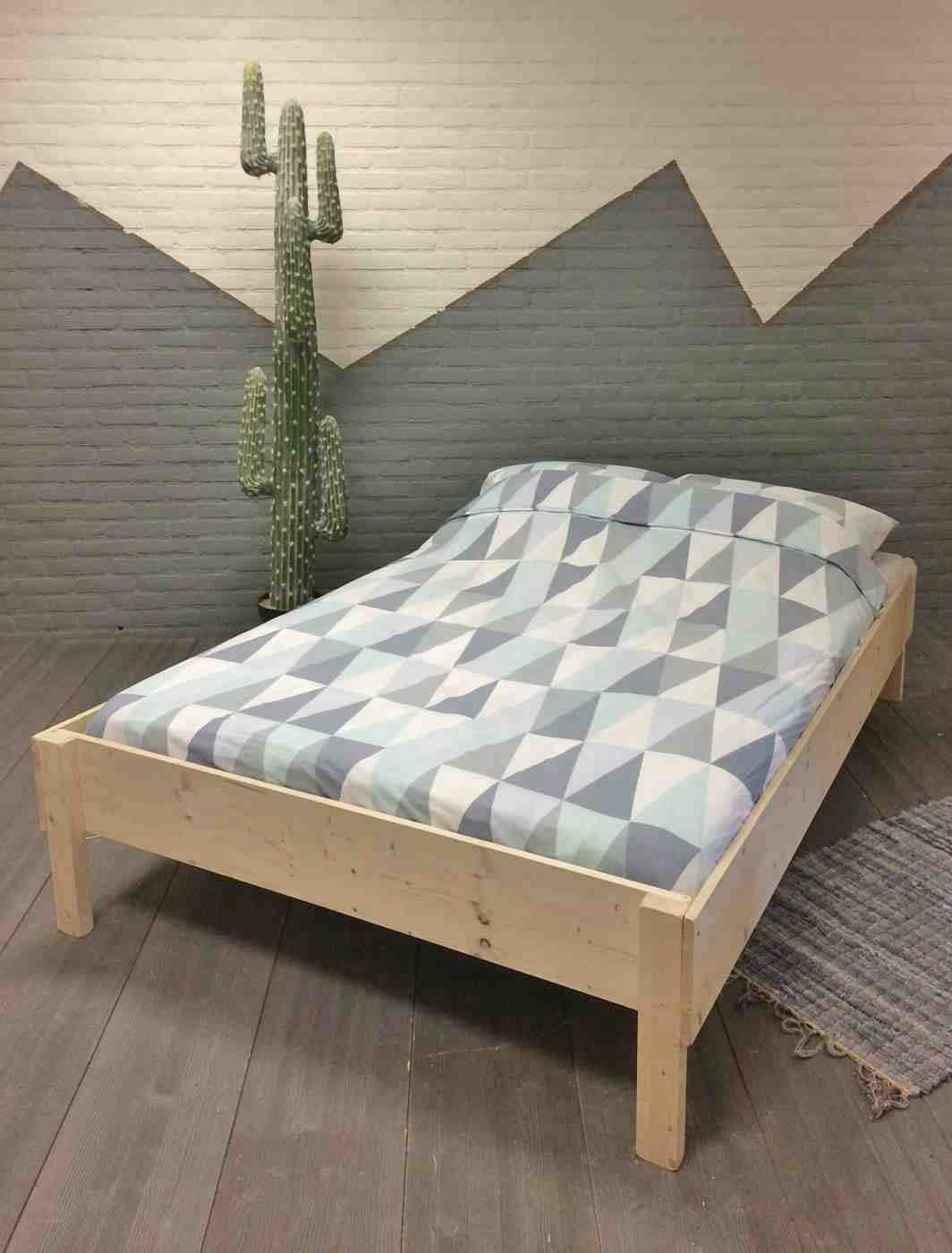 tweepersoonsbed Theo blank hout