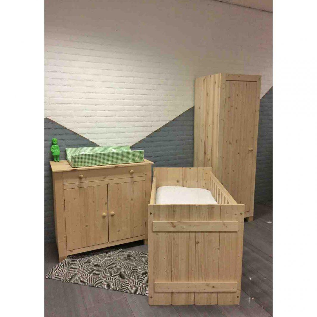 Babykamer 1 deurs kast ledikant commode