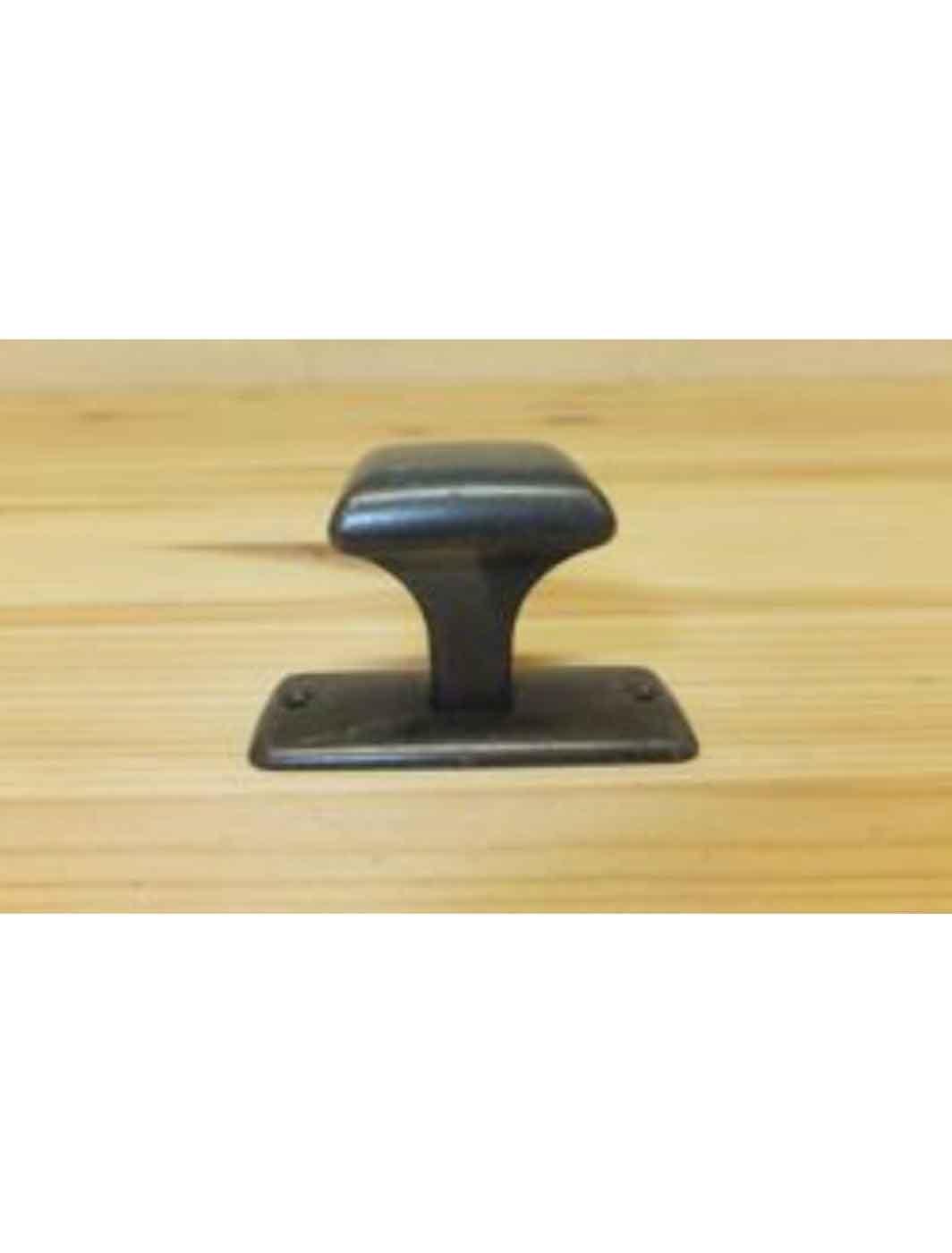 vierkante-knop-brons-klein